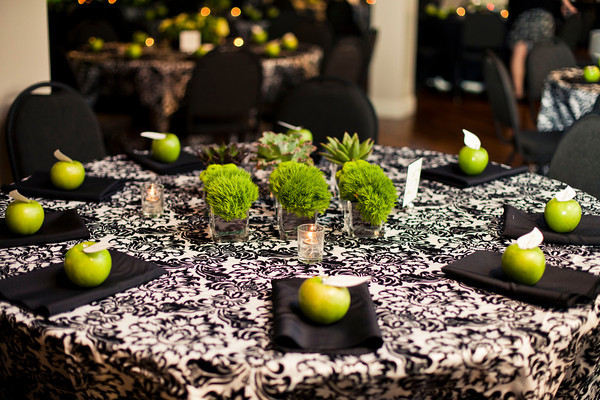 Contemporary Green Centerpieces Hitched Planning Floral