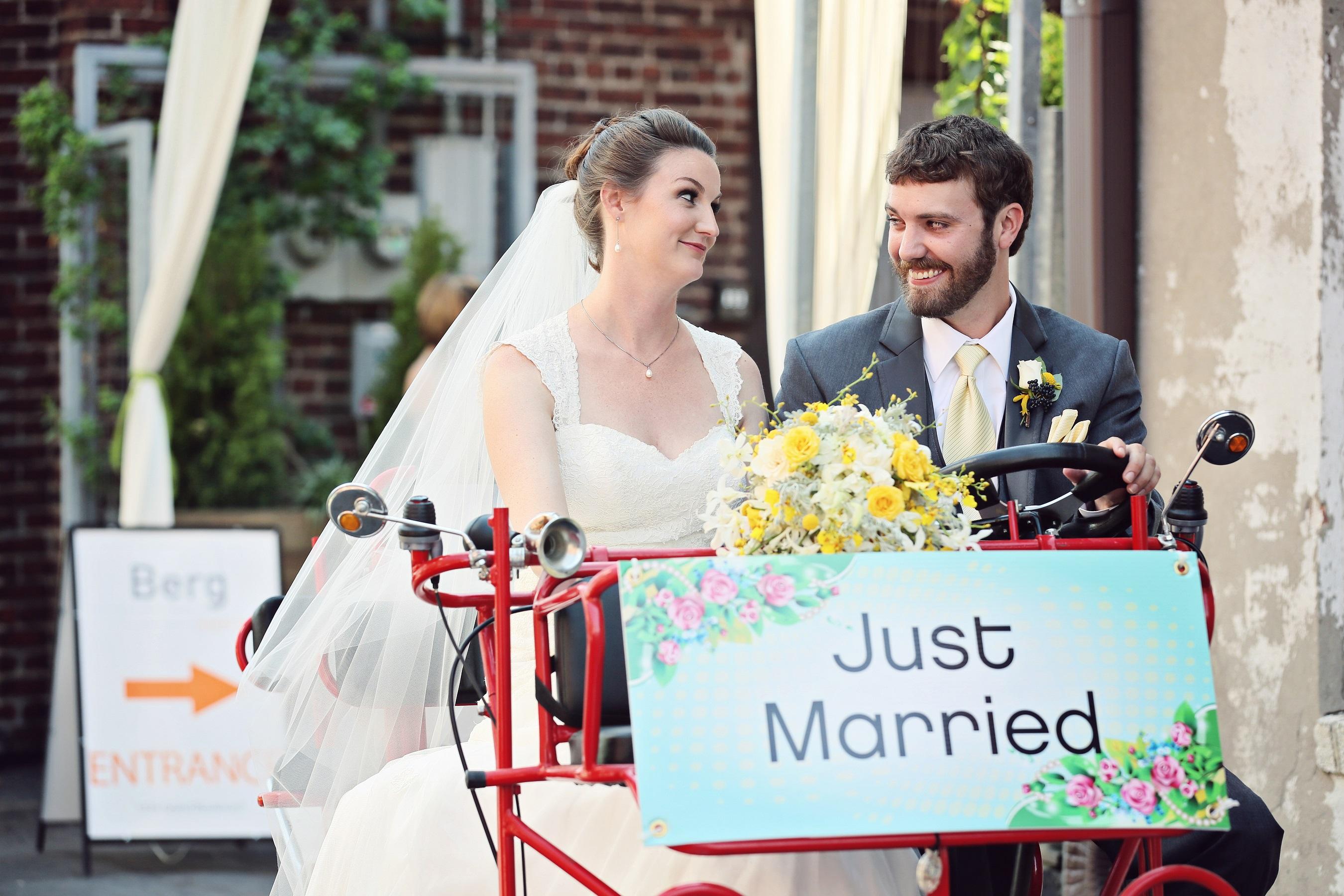 wedding pedal car