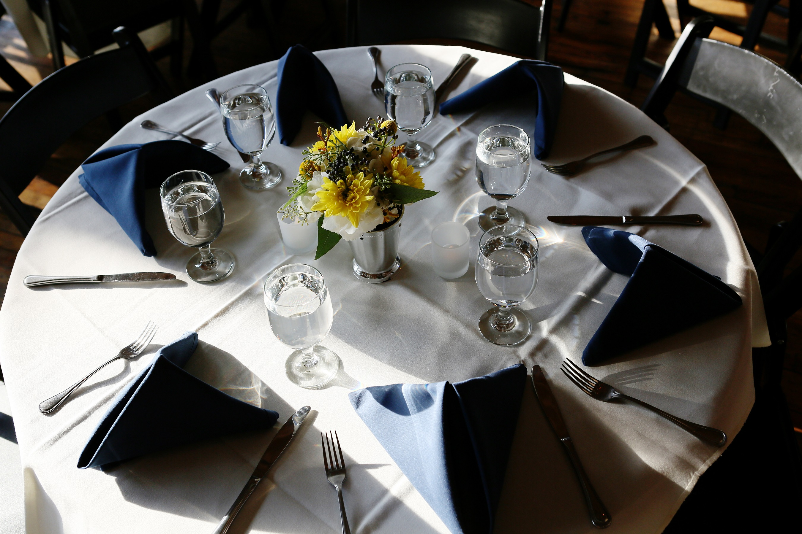 yellow and navy table setting