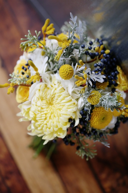 yellow, grey,navy bouquet