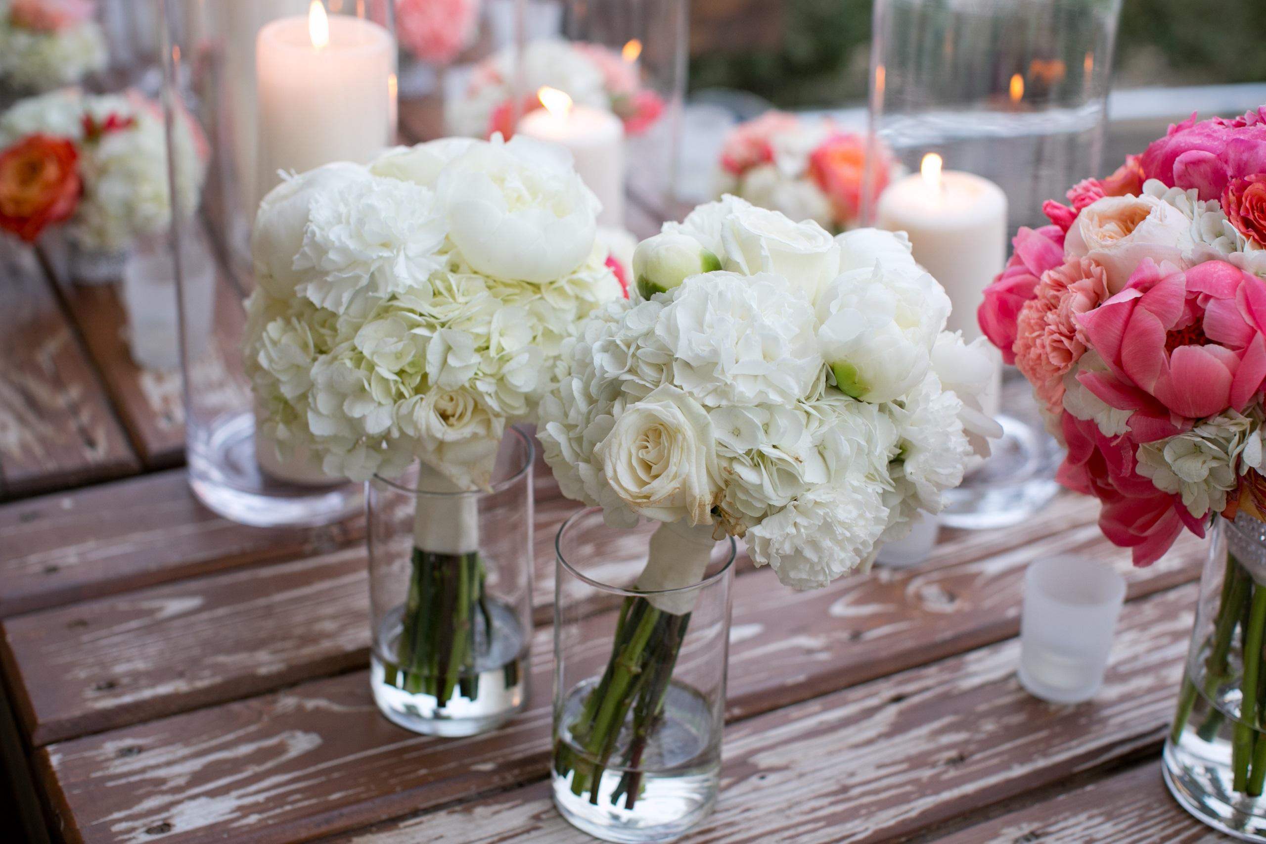white peony bridesmaid bouquet