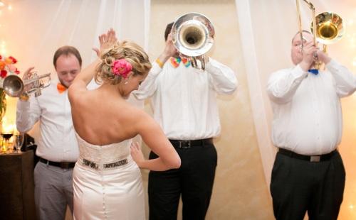 bar band wedding reception