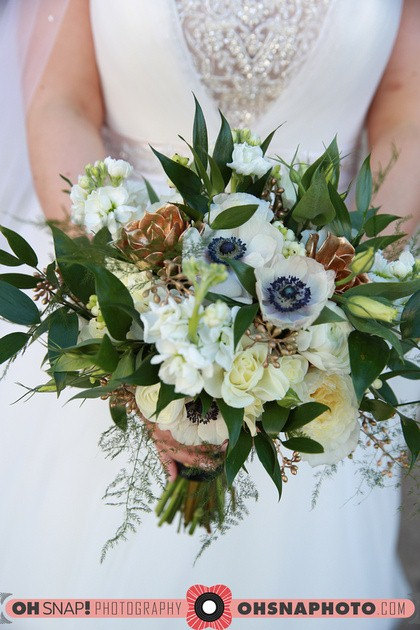 Gold accent bouquet