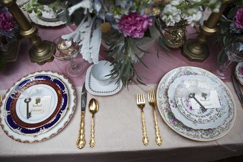 vintage plate table setting