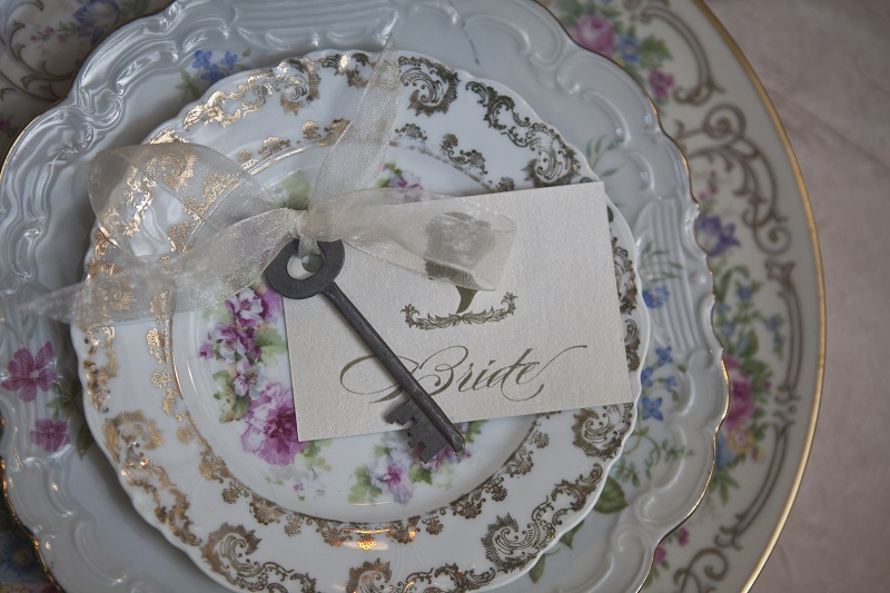 vintage plate wedding place setting