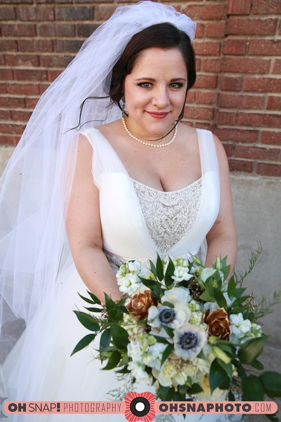 Gold accent bridal bouquet
