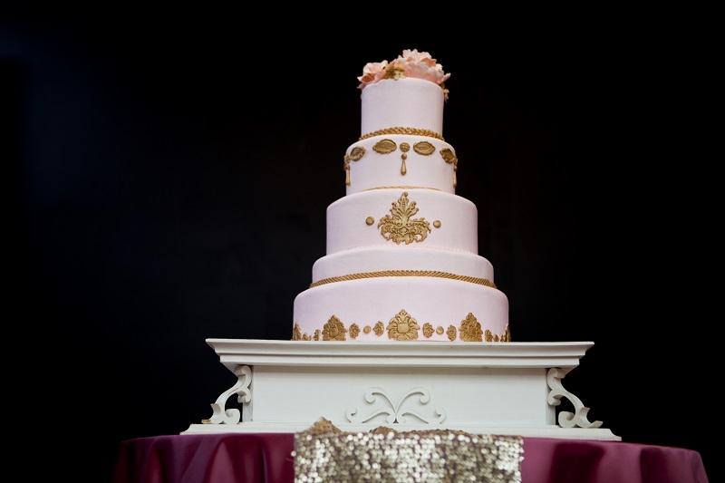 victorian inspired wedding cake