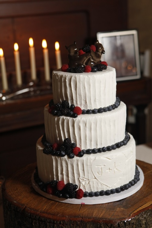 Circle S Ranch Wedding Cake