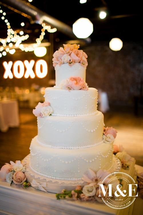 take the cake kansas city wedding cake