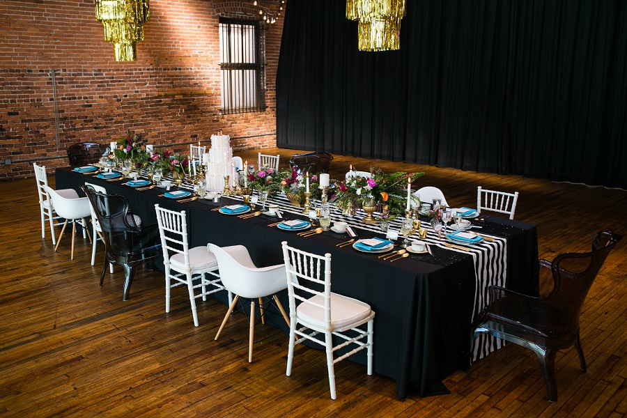 alice in wonderland wedding tablescape