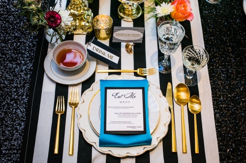alice in wonderland table setting