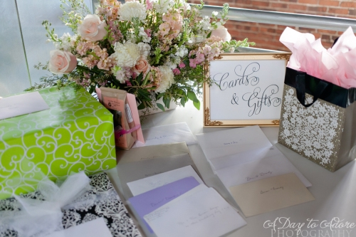 gift table floral