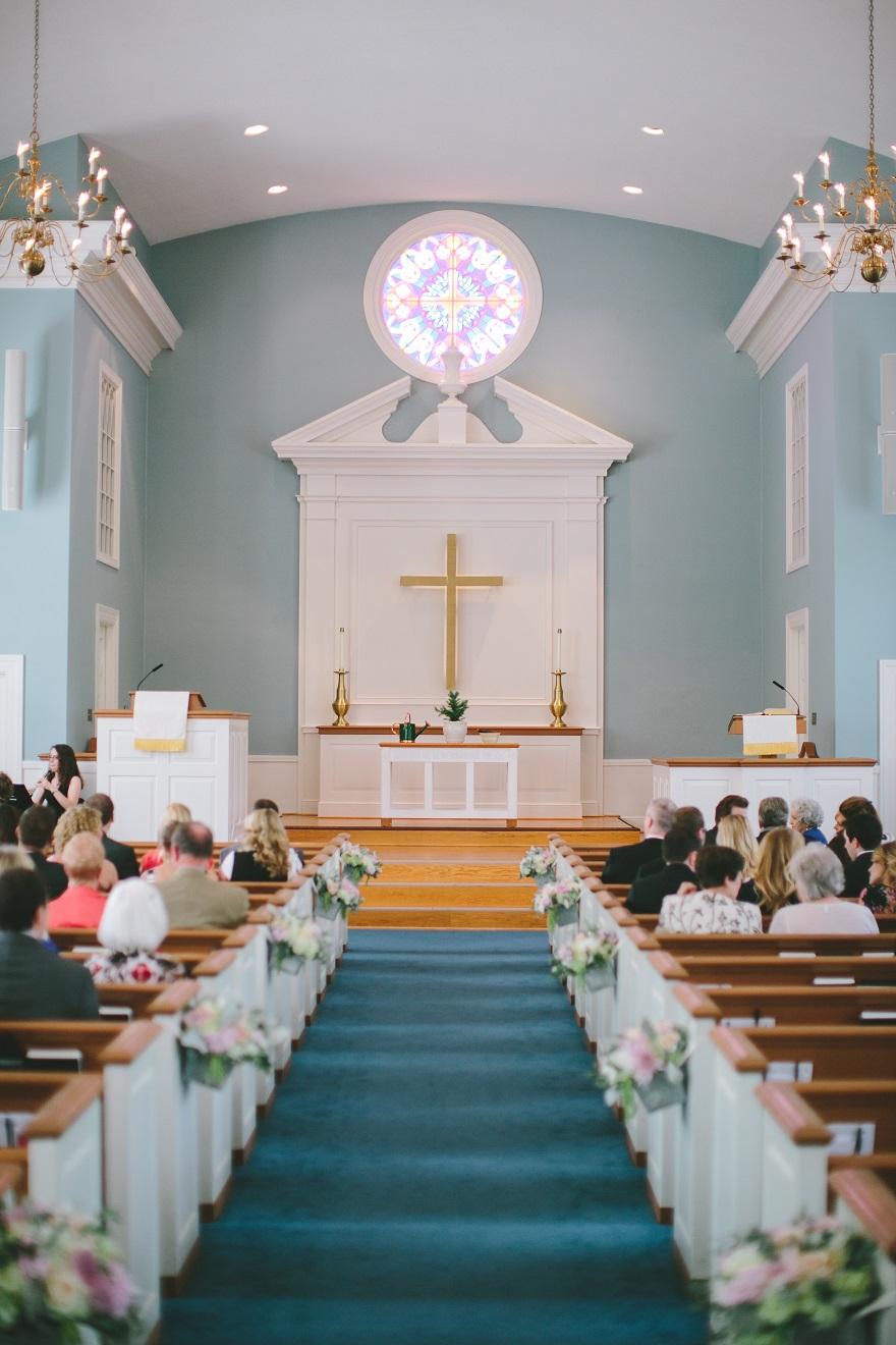 Colonial Church in Prairie Village Wedding