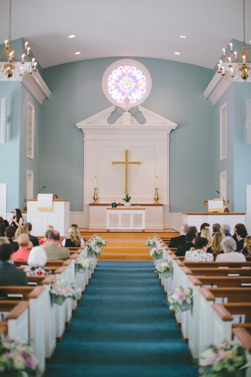 Colonial Church in Prairie Village Wedding