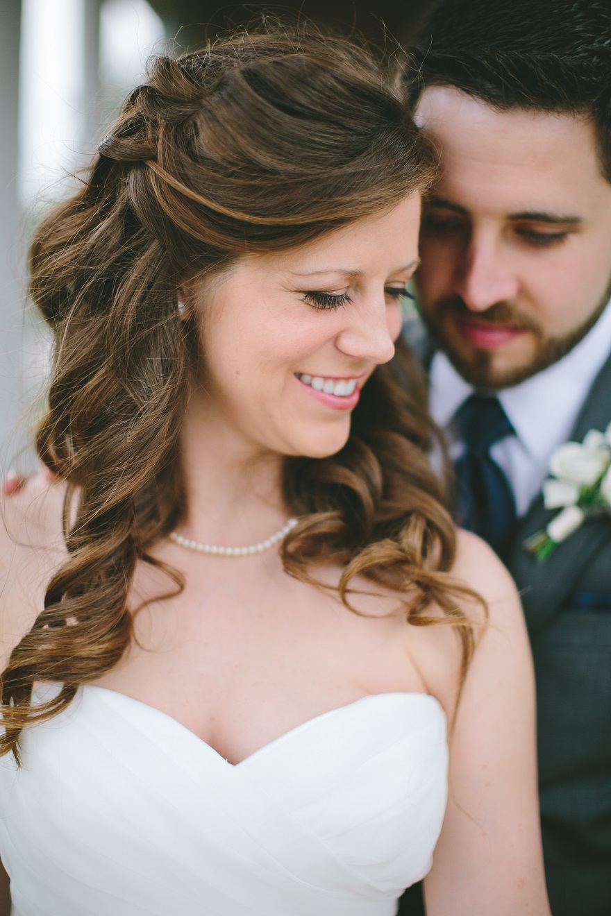 summer bride and groom