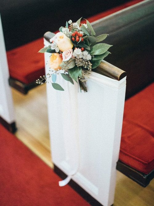 Country Club Congregational Aisle Decor